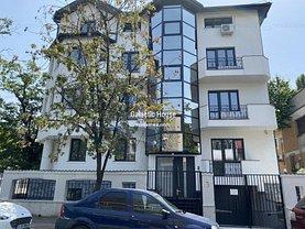 Casa de vânzare sau de închiriat 17 camere, în Bucureşti, zona Arcul de Triumf