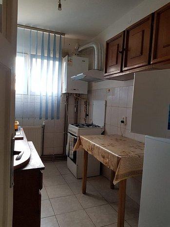 inchiriez apartament - imaginea 1
