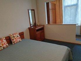 Apartament de închiriat 3 camere, în Iaşi, zona Socola