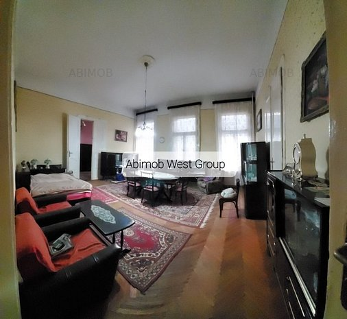 Apartament 3 camere, ultracentral si spatios - imaginea 1