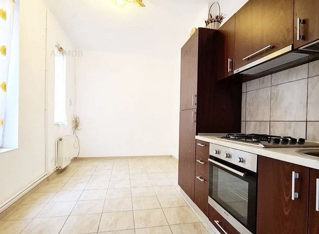 apartament deosebit central - imaginea 1