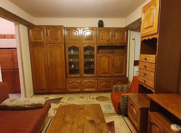 Apartament 3 camere zona Romanilor - imaginea 1