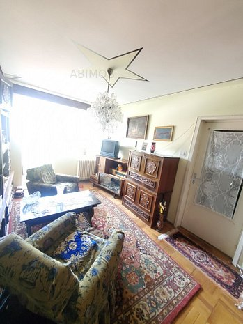 Apartament 3 camere, etaj intermediar, zona linistita Vlaicu - imaginea 1