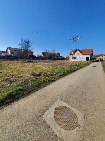 Teren constructie casa cu proiect,  front stradal mare. - imaginea 1