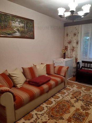 Apartament cu 3 camere decomandate, zona Lipovei, et 1 - imaginea 1