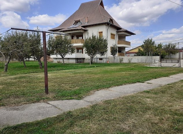 Casa de Vanzare Curtea de Arges - imaginea 1