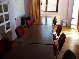 Casa de închiriat 13 camere, în Bucureşti, zona Parcul Carol