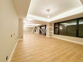 Apartament de vânzare 5 camere, în Bucureşti, zona Herăstrău