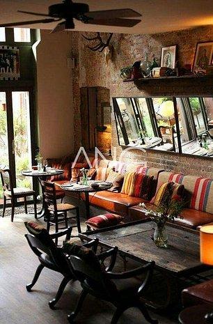 Spatiu comercial pretabil cafenea/birou - imaginea 1