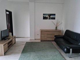 Apartament de vânzare 3 camere, în Iaşi, zona Bd. Independenţei
