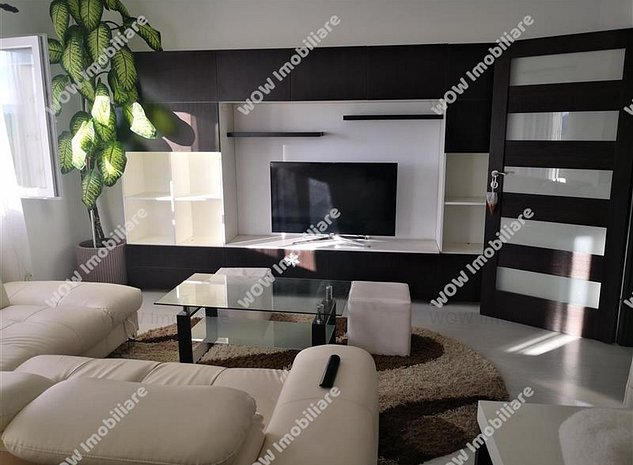 Apartament de vanzare cu 2 camere si loc de parcare zona Ciresica - imaginea 1