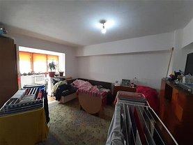 Apartament de vânzare 4 camere, în Buzău, zona Micro 5