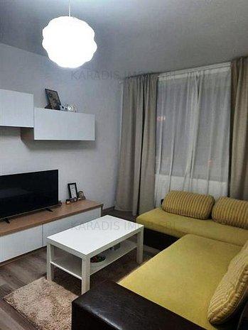 Vanzare 3 Apartament Ultracentral - imaginea 1