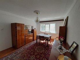 Apartament de vânzare 4 camere în Buzau, Unirii Sud