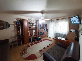 Apartament de vânzare 3 camere, în Buzău, zona Crig