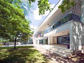 Casa de vânzare 12 camere, în Mogoşoaia