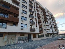 Apartament de vânzare 3 camere, în Bacău, zona Ştefan cel Mare
