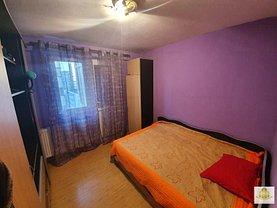 Apartament de vanzare 4 camere, în Bucureşti, zona Pantelimon
