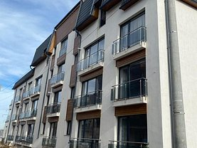 Apartament de vânzare 2 camere, în Dobroeşti, zona Central
