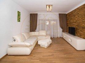 Casa de închiriat 5 camere, în Piteşti, zona Trivale
