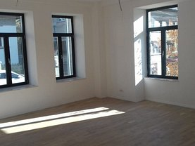 Casa de vânzare 4 camere, în Bucureşti, zona Unirii