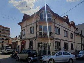Casa de vânzare 8 camere, în Bucureşti, zona Moşilor