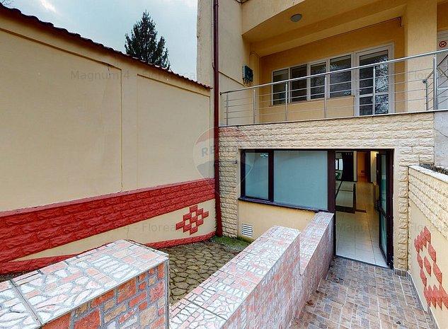 Vila exclusivista de inchiriat/vanzare in zona Domenii - imaginea 1
