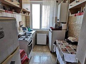 Apartament de vânzare 3 camere, în Suceava, zona Ultracentral