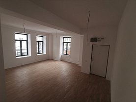 Apartament de vânzare 4 camere, în Bucureşti, zona Unirii
