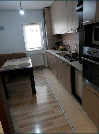 Apartament 4 camere decomandat, renovat - Tatarasi - imaginea 1