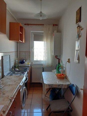 Apartament 2 camere, decomandat, Mircea cel Batran - imaginea 1