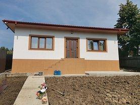 Casa de vânzare 4 camere, în Iaşi, zona Lunca Cetăţuii