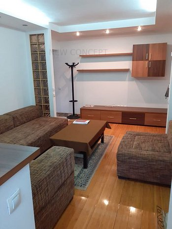 Apartament 2 camere ultracentral | Zavoi | ocazie unica | modernizat - imaginea 1