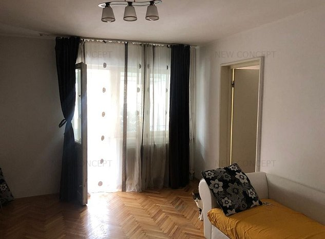 Apartament 2 camere - Zona 24 de trepte - imaginea 1