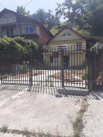Vila superba 3 camere | Seaca | EXCLUSIVITATE - imaginea 1