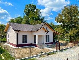 Casa de vânzare 3 camere, în Mihăeşti