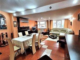Apartament de închiriat 4 camere, în Iasi, zona Central