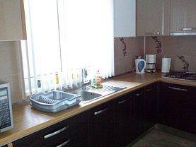 Casa de vânzare 4 camere, în Bucureşti, zona Dacia