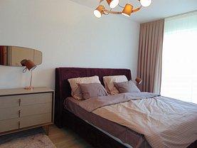 Apartament de închiriat 3 camere, în Târgu Mureş, zona Libertăţii