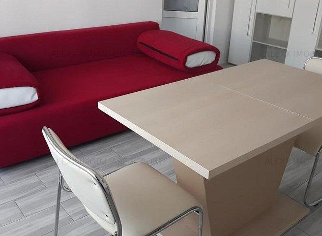 Apartament 2 camere Universitate, decomandat, renovat/mobilat/utilat, totul nou - imaginea 1