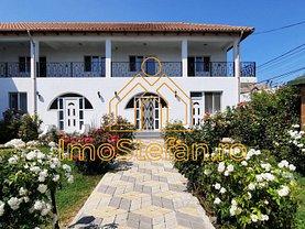 Casa de vânzare 10 camere, în 2 Mai, zona Central