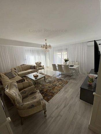 4 camere, decomandat, terasa si curte, mobilat si utilat lux, parcare inclusa - imaginea 1