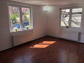 Casa de închiriat 3 camere, în Bucureşti, zona Berceni