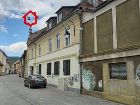 Casa de închiriat 8 camere, în Braşov, zona Centrul Istoric