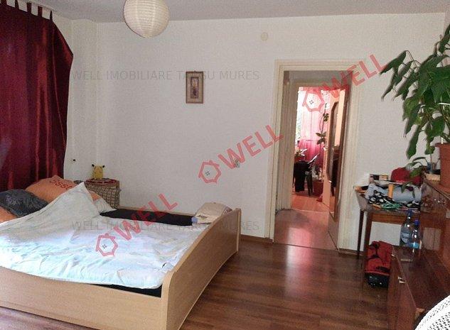 De vânzare un apartament cu 2 camere situat în Aleea Carpați - imaginea 1