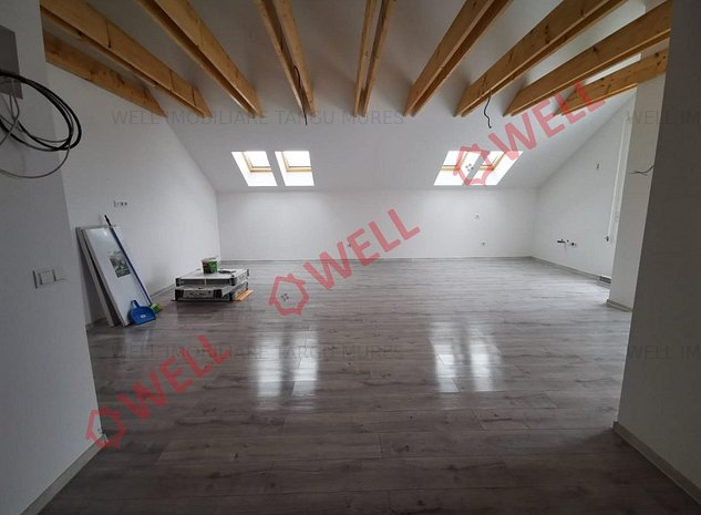 De vânzare un penthouse situat în Târgu Mureș în Cartierul Unirii - imaginea 1
