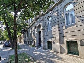 Apartament de vânzare 4 camere, în Timişoara, zona Semicentral