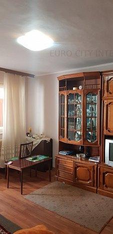 ICIL 2 camere decomandate parter inalt cu balcon,71000 eur negocioabil - imaginea 1