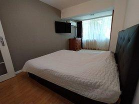 Apartament de vânzare 3 camere, în Constanţa, zona Dacia