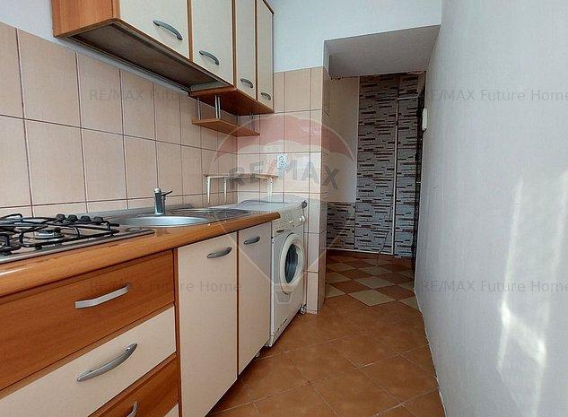 Apartament cu 2 camere de vanzare in zona Inel II - imaginea 1